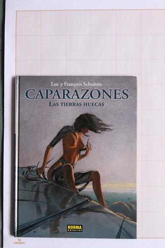 Caparazones, F.Schuiten & L.Schuiten - Norma Editorial© Maison Autrique, 2004