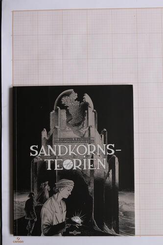 Sandkorns-teorien, F.Schuiten & B.Peeters - Faraos Cigarer© Maison Autrique, 2010