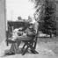 Photographie d'Antoine Pompe avec son prototype de chaise pliante<br>Pompe, Antoine