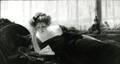 Femme lisant ( oeuvre disparue fin 1993 )<br>Privat-Livemont, Henri