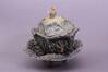 Grande terrine et son sous-plat : chou surmonté d'un oiseau<br>Mombaers, Philippe / Fabrique de la rue de Laeken,