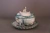 Terrine met deksel en schotel in de vorm van een kool<br>Artoisenet, Jacques / Manufacture bruxelloise,