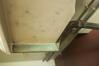 Haut du pied attaché au lavabo© Maison Autrique