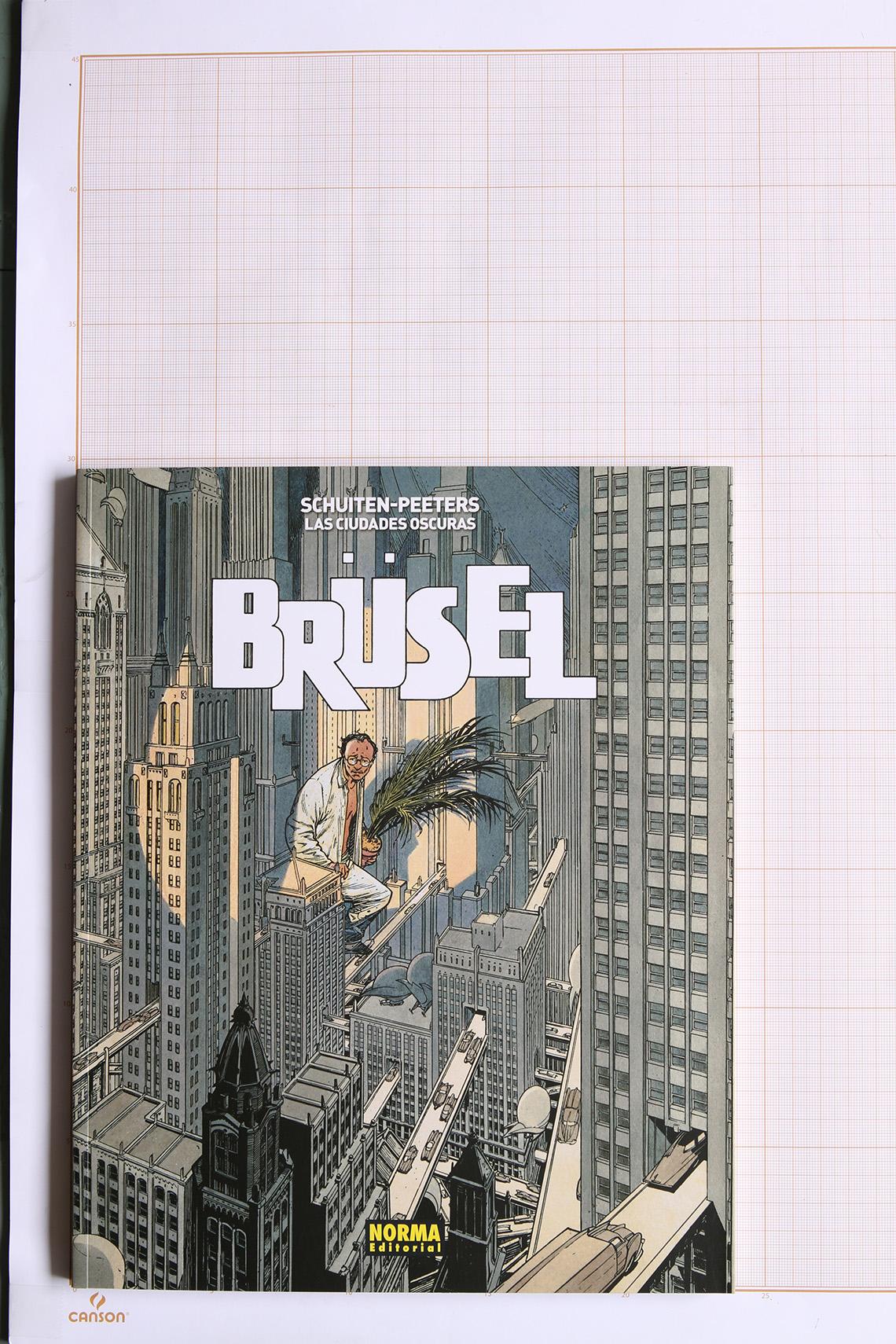 Brüsel, F.Schuiten & B.Peeters - Norma Editorial© Maison Autrique, 2015