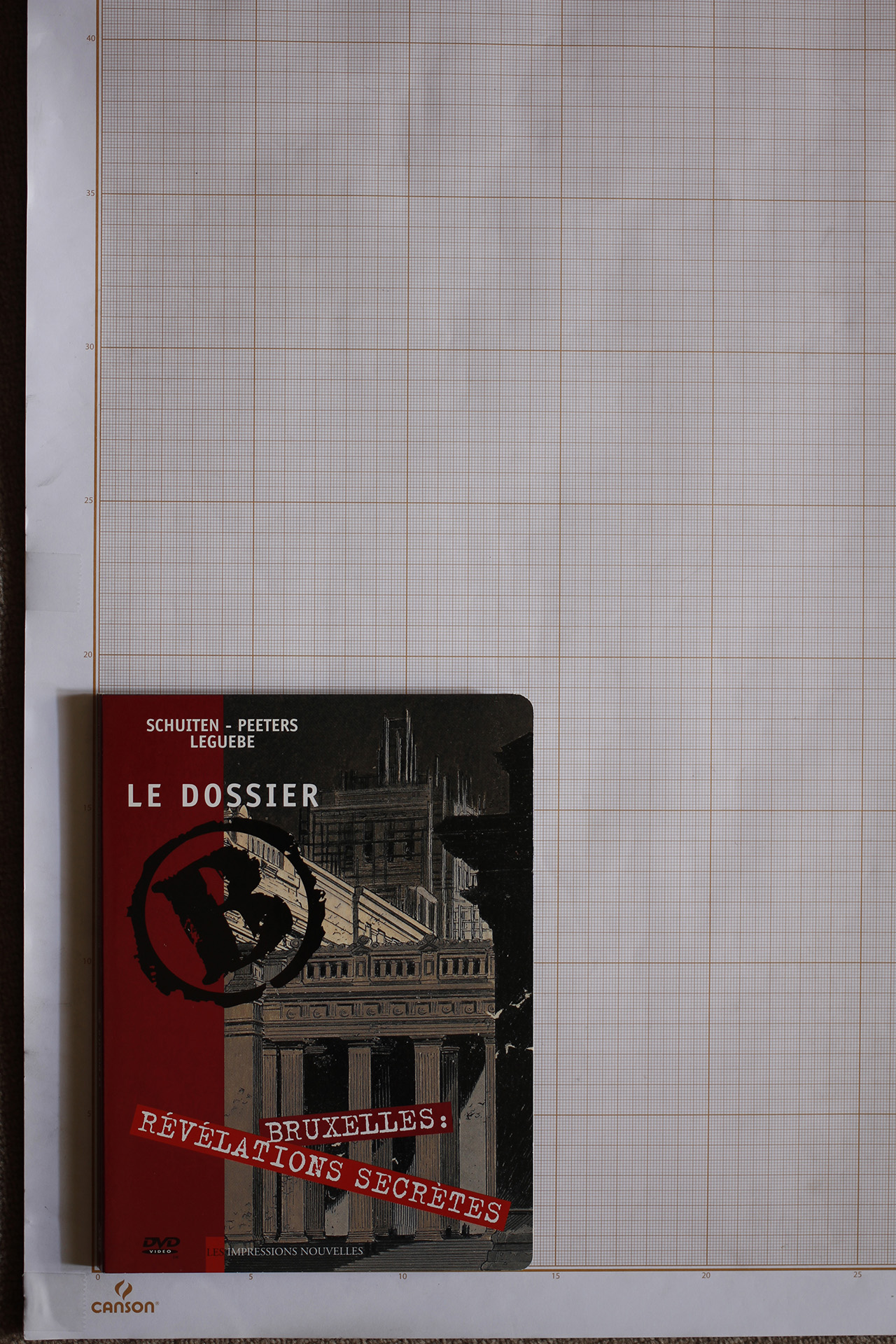 Le Dossier B, F.Schuiten, B.Peeters & W. Leguebe - Les Impressions Nouvelles© Maison Autrique, 2007